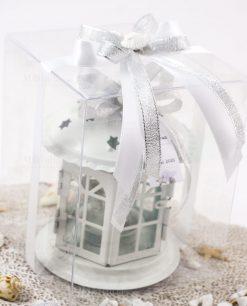 bomboniera lanterna porta tealight bianca con nastro argento e bianco con conchiglia