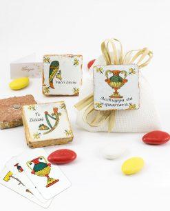 bomboniera magnete carta da gioco siciliana modelli assortiti su sacchetto juta bianco con fiocco