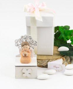 bomboniera scatolina portaconfetti con angioletto bimba e albero della vita