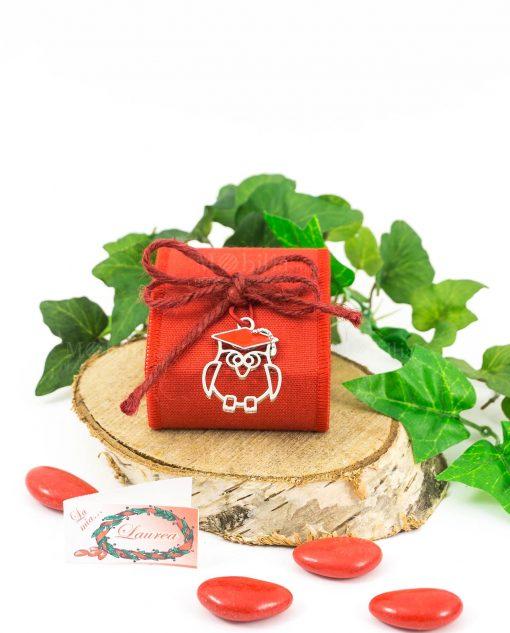 bomboniera scatolina rossa porotaconfetti con cordoncino e ciondolo gufo cuorematto
