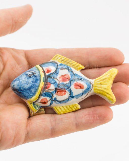 calamita pesce ceramica artigianale caltagirone testa blu e coda gialla