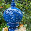 lampada media ceramica traforata blu artigianale caltagirone siciliana