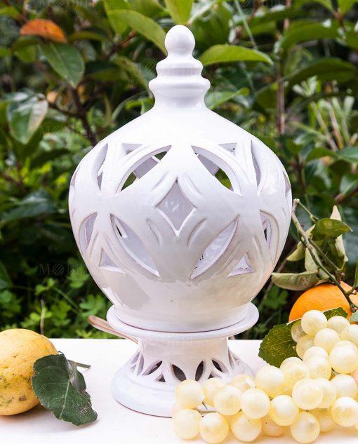 lampada piccola ceramica traforata bianca artigianale caltagirone siciliana