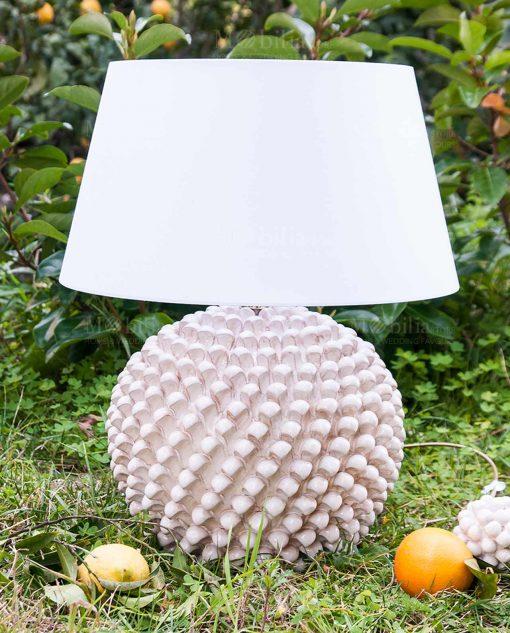 lampada pigna ceramica artigianale santo stefando di camastra con paralume bianco