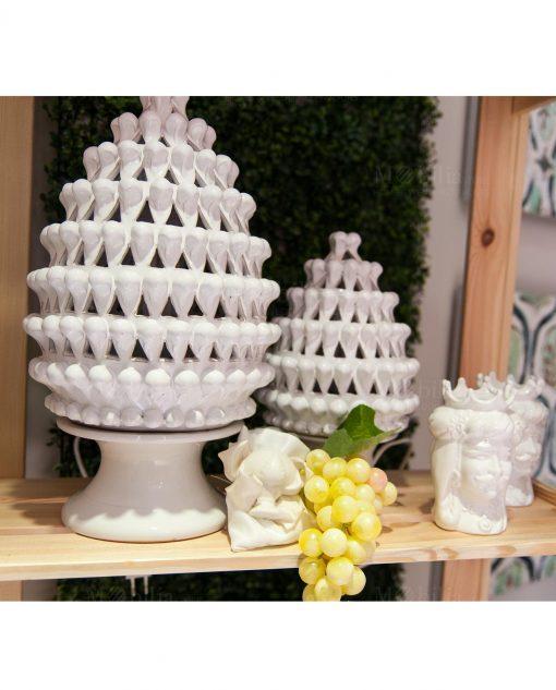 lampada pigna grande e piccola ceramica bianca artigianale caltagirone sicilia
