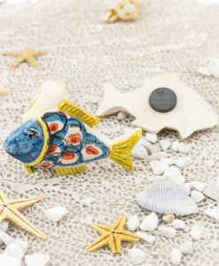 magnete pesce ceramica artigianale caltagirone testa blu e coda gialla