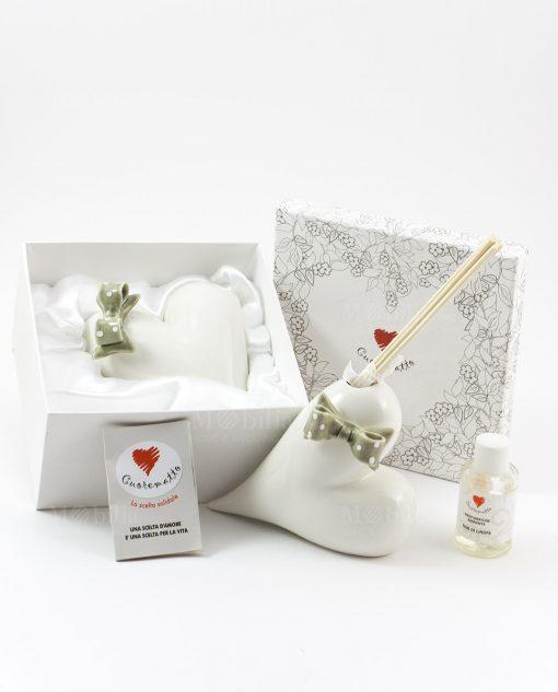 profumatore bianco cuore con fiocco a pois assortito con scatola e fragranza cuorematto