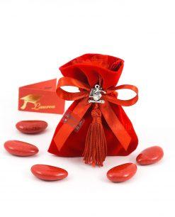 sacchetto rosso velluto con napina e ciondolo tocco e pergamena