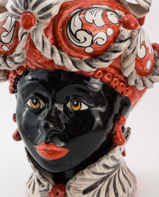 testa di moro donna con copricapo bianco e rosso ceramica caltagirone sicilia