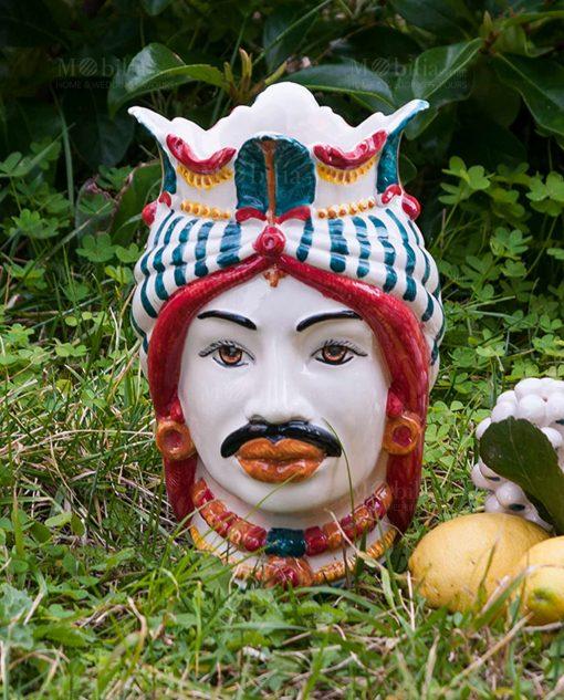 testa di moro uomo con copricapo e corona colorata ceramica artigianale caltagirone sicilia