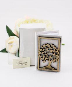 vangelo tascabile con albero della vita e scatola dolcicose