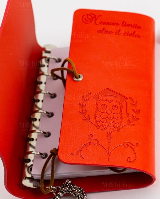 agenda notes cuoio rosso con fogli bianchi laccetto e ciondolo tabor