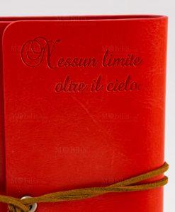 agenda notes cuoio rosso dettaglio incisione nessun limite oltre il cielo tabor