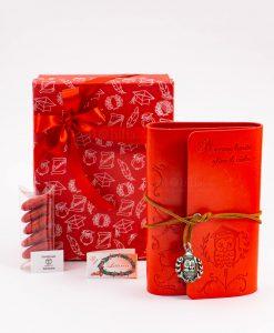 bomboniera agenda notes cuorio rosso con gufo e scritta laccetto e ciondolo gufo e corona alloro tabor