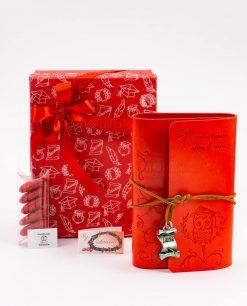bomboniera agenda notes cuorio rosso con gufo e scritta laccetto e ciondolo pergamena con scritta tabor