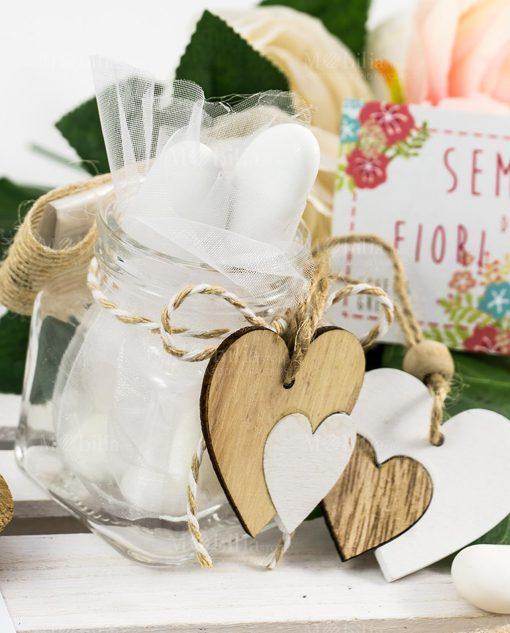 bomboniera barattolino vetro con cuore bianco e legno