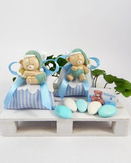 bomboniera calamita orsetto modelli assortiti su sacchetto a righe bianche e blu