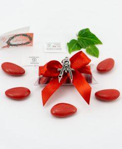 bomboniera ciondolo compasso microfusione placcato argento tabor su tubicino fiocco e confetti rossi