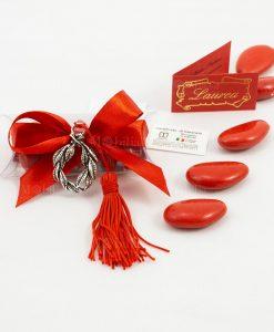 bomboniera ciondolo corona alloro tabor con nappina rossa su tubicino confetti e fiocco rosso