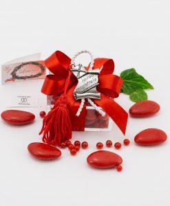 bomboniera ciondolo pergamena microfusione placcato argento tabor su scatolina trasparente con fiocco a 4 rosso e cordoncino