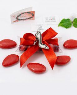 bomboniera ciondolo scarpetta microfusione placcato argento tabor su tubicino fiocco e confetti rossi
