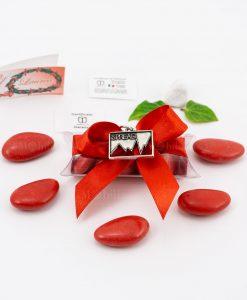 bomboniera ciondolo spread microfusione placcato argento tabor su tubicino fiocco e confetti rossi