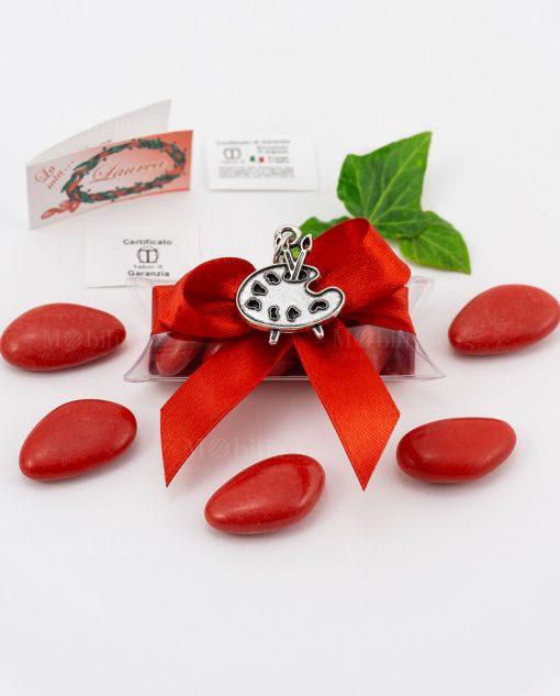 bomboniera ciondolo tavolozza pittore microfusione placcato argento tabor su tubicino fiocco e confetti rossi