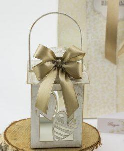 bomboniera lanterna bianca effetto anticato con cuori e fiocco a 4 tortora batticuore brandani