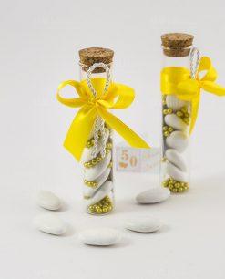 bomboniera provetta vetro con praline oro e nstro giallo con cordoncino