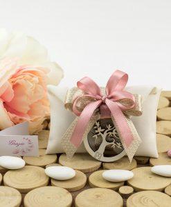 bomboniera sacchettino portaconfetti bustina con nastro rosa e beige e ciondolo albero della vita pignatelli