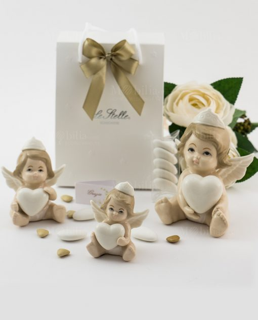 bomboniera sculturina angioletto bimba con cuore e corona varie misure