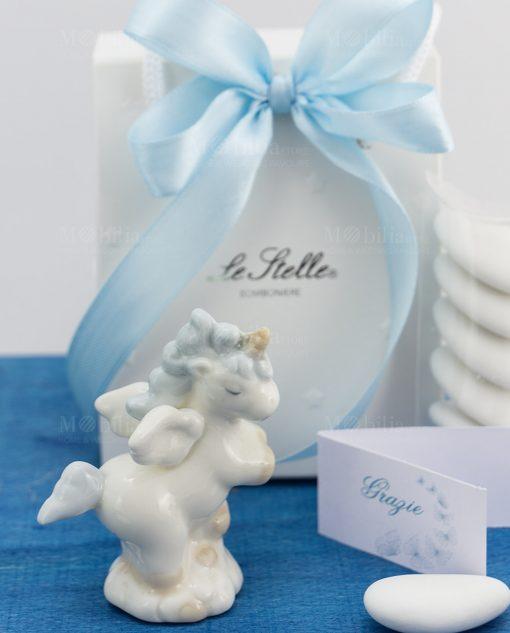 bomboniera sculturina unicorno rampante porcellana bianca con criniera azzurra