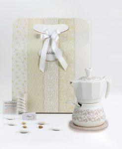 bomboniera zuccheriera caffettiera con cucchiaino e base bamboo linea riccioli di fata brandani