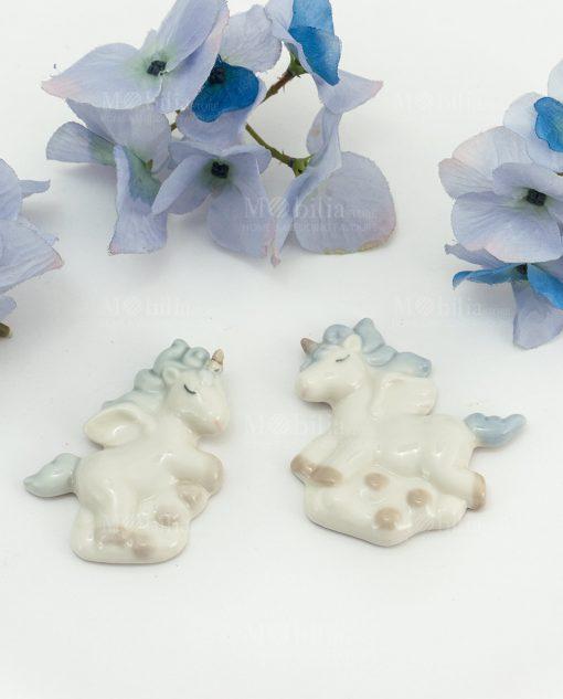 calamita unicorno bianco porcellana con criniera azzurra