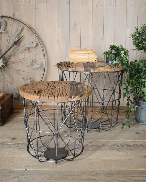 coppia tavolini rotondi con base ferro e ripiano legno grezzo orchidea milano