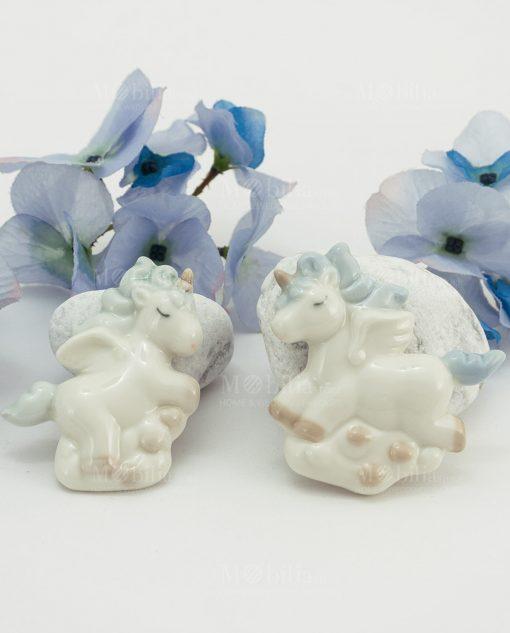 magnete unicorno bianco porcellana con criniera azzurra due posizioni assortite
