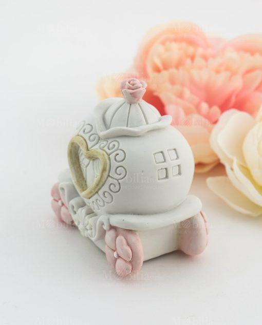 salvadanaio carrozza con cuore e fiori rosa