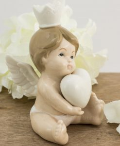 scultura porcellana angelo bimbo corona e cuore