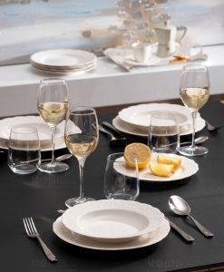 servizio piatti bianchi con decoro ricamo a rilievo linea gran galà brandani