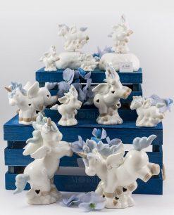 unicorno porcellana con criniera azzurra carillon sculturina e lampada varie forme e misure