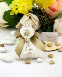 bobmoniera pendaglio chiave cuore con calice e ciondolino su sacchettino bianco rigato portaconfetti