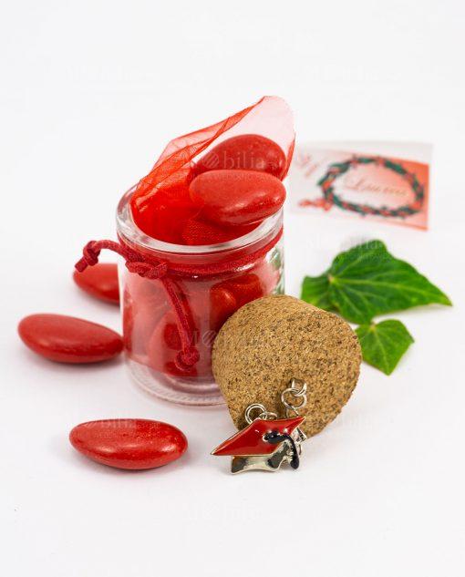 bomboniera barattolo vetro con ciondolo tocco rosso e confetti