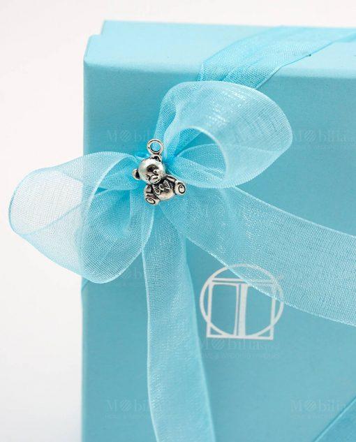 bomboniera clessidra bimbo dettaglio fiocco azzurro con orsetto su scatola tabor