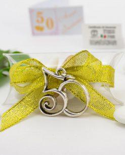 bomboniera confezionata ciondolo numero 50 microfusione placcato argento tabor su tubicino
