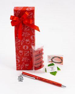 bomboniera penna rossa ciondolo bilancia tabor personalizzata
