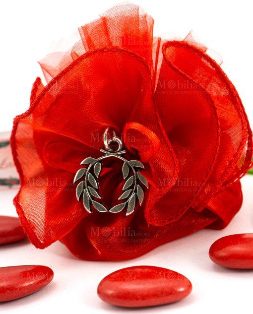 bomboniera sacchettino rosso dettaglio ciondolo corona alloro tabor