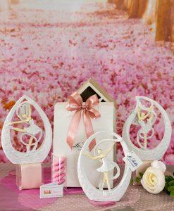 bomboniera sculturina grande da appoggio ballerina con tutù e nastro dentro goccia 3 modelli assortiti
