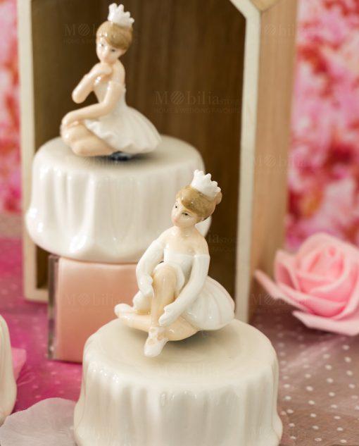 carillon porcellana con ballerina seduta varie forme