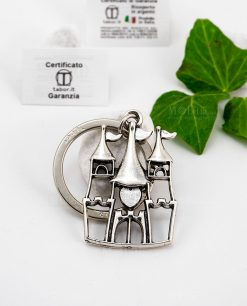 portachiavi a forma di castello con cuore microfucione ricoperto argento tabor