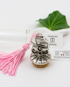 provetta vetro dettaglio tappo sughero con carrozzina con cuore argento e nappina rosa tabor